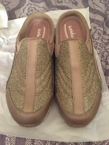 NEW- Easy Spirit Travel Time Slip On Mule Sneaker Shoe Size 10 Pewter Sparkle