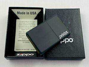 ZIPPO schwarz matt mit Logo Feuerzeug - neu in Box Sturmfeuerzeug