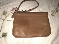 Vintage FOSSIL Brown Leather Wallet Wristlet Organizer Cute