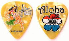( Staind ) Aaron Lewis color/orange pearl tour guitar pick