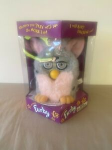 Vintage 1999 Tiger Electronics Furby In Box With Instructions & Tags Never Used