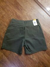 #A1 NWT Ladies Lee Straight Fit Vintage Moss Short Size 8M Olive