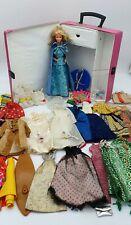 1966-1978 Lot Vêtements Barbie Superstar + Poupée Barbie + Doll Case #1002 2289