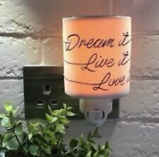 Scentsy Dream It Live It Love It Wall Plug With Samples