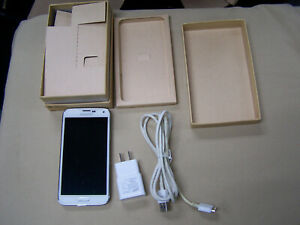 Samsung Galaxy S5 SM-G900A White AT&T Smartphone PARTS AS IS