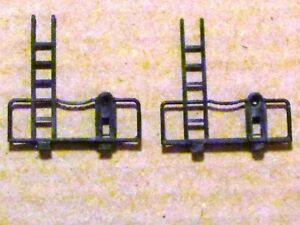 END RAILING SET FOR CABOOSE IN HO SCALE BY AHM/RIVAROSSI THAT SAYS ROCO, NEW