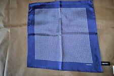 $145 NWOT TOM FORD NAVY Blue & White Houndstooth silk pocket square handkerchief