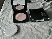 Avon Ideal Flawless Pressed Powder Medium G202
