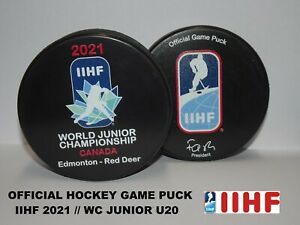 ORIGINAL °° OFFICIAL HOCKEY GAME PUCK IIHF world championship JUNIOR 2021 CANADA