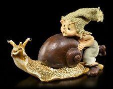 Pixie Kobold Figur mit Schnecke - Gib Gas! - Troll Zwerg Gnom