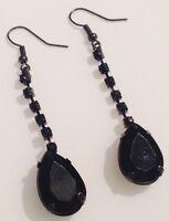 boucles d'oreilles percées rétro de couleur noir pampille poire 464