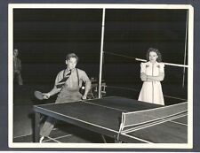 JUDY GARLAND 'S 16th BIRTHDAY - MICKEY ROONEY PLAYS PING PONG - NICE COND 1938