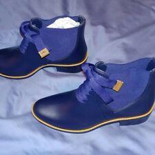 BERNARDO LACEY RAIN / NAVY BLUE / WOMENS U.S. SIZE 10M / SHORT BOOT / NEW IN BOX