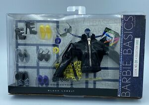 Barbie Basics Accessory Pack Look 01 Collection 002 T7753 2010-NRFB