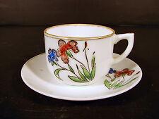 Tasse & sous-tasse porcelaine fine anglaise ? décor fleurs, signées