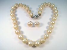 LADIES NATURAL GOLDEN SOUTH SEAS PEARL NECKLACE & 14k YELLOW GOLD EARRINGS