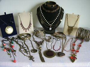 Mixed job lot of jewellery