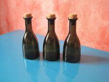 3 petites  bouteilles style ancien réédition.Objet de cuisine
