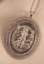Handsome Rope Rim Openwork Buddhist Goddess Dancing Silvertone Pendant Necklace