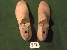 Vintage Pair Wood Shoe Factory Industrial Last Size 9-1/2 C TROOPER #971