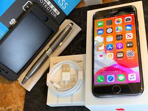 Apple iPhone 7 (32gb) Verizon Globally Unlocked (A1660) Jet Black iOS13:97% LooK
