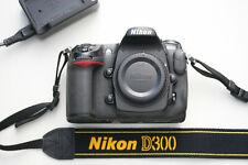 Nikon D300 Body, 203224 Auslösungen.