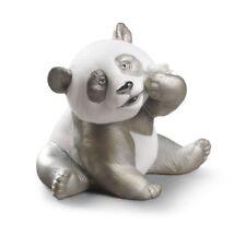 NEW LLADRO A HAPPY PANDA RE-DECO BRAND NEW IN BOX #9092 CUTE LOVE BARGAIN F/SH