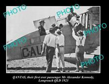 OLD LARGE HISTORIC PHOTO OF QANTAS AIRLINES 1st PASSENGER, LONGREACH QLD 1923
