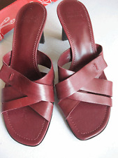 NEW, without box Arturo Chiang Reddish Brown Sandals Slides 6.5 M