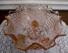 VINTAGE PINK EARLY AMERICAN PATTERN GLASS FOOTED RUFFLE EDGE BOWL GRAPE DESIGN