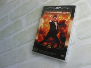 THE LIVING DAYLIGHTS - JAMES BOND 007 - REGION 4 PAL DVD