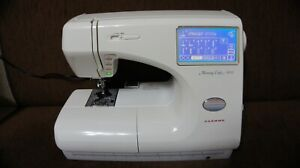 JANOME MEMORY CRAFT 9000 SEWING/EMBROIDERY MACHINE