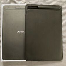 Apple iPad Pro 10.5'' Leather Sleeve, Black. Also fits Pro 11 & Air 3 10.5
