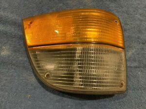 81 - 86 Classic SAAB 900 Passenger Side Right Corner Light Turn Signal Assembly
