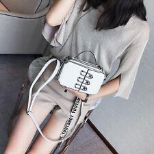 A new south Korean handbag with a single shoulder white bag