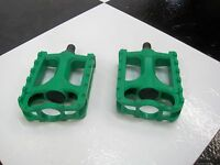 "1 Pair New 1/2"" Shaft GREEN Old School BMX Bike Freestyle Bicycle PEDALS"