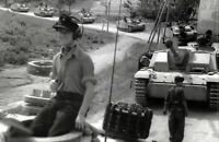 WWII photo Column of German assault guns StuG III in Italy 43i