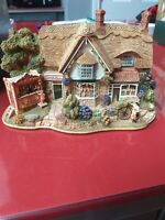 Lilliput Lane Cottages Sweets & Treats L2315 Boxed with deeds