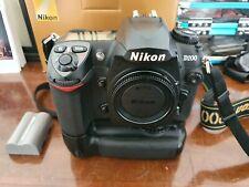 Nikon D200 fotocamera digitale + MB-D200 + 1 batteria originale + CF card