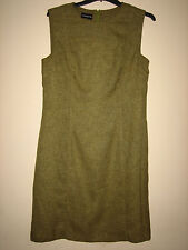A WOMENS LOVELY GREEN LIZ CLAIBORNE DRESS SIZE 14 LENGTH APPROX 36 INCHES