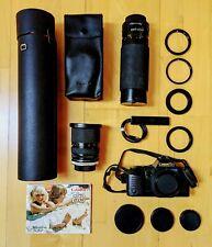 Canon T70 Spiegelreflexkamera mit Tasche, drei Objektiven und Blitzgerät