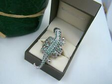 SUPERB 925 SOLID STERLING SILVER EMERALD REPTILE LIZARD GECKO RING SIZE P 7.5