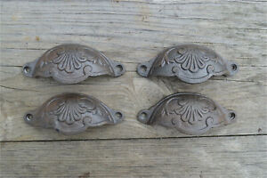 A set of 4 classic Victorian Kenrick cast iron drawer pull handles handle CH2