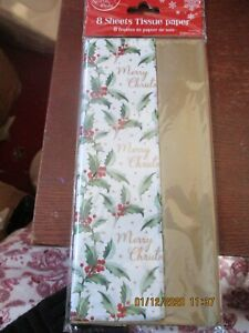 Pack of 8 Sheets Holly Tissue Paper