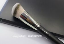 MAC SYNTHETIC ROUNDED SLANT BRUSH #170S