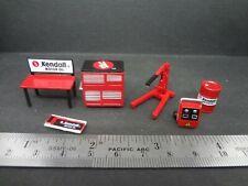 1:64 Scale Kendall Oil Shop Tools - Garage equipment - Diorama Accessories 6 pcs