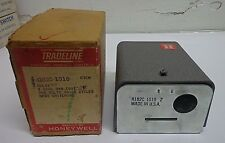 NEW HONEYWELL TRADELINE  CONTROL SWITCHING RELAY MODEL R182C 1010 FREE SHIPPING!