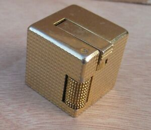 RARE VINTAGE KORET JAPAN CUBE BUTANE CIGARETTE LIGHTER