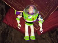 "DISNEY PIXAR TOY STORY TALKING BUZZ LIGHT YEAR 12"" FIGURE ( read description)"