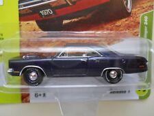 JOHNNY LIGHTNING - CLASSIC GOLD - 1970 DODGE DART SWINGER 340 (PURPLE) - 1/64